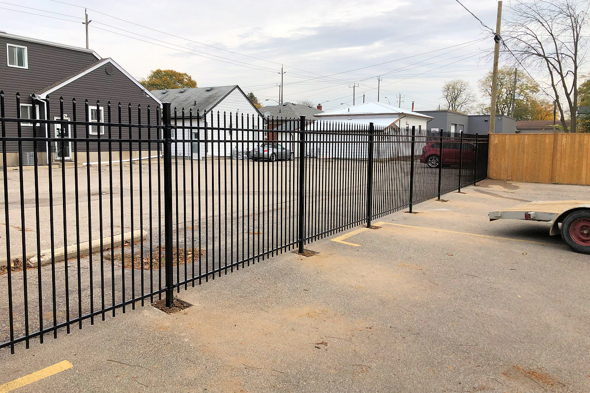 Fencing Repairs, Gates, Decks